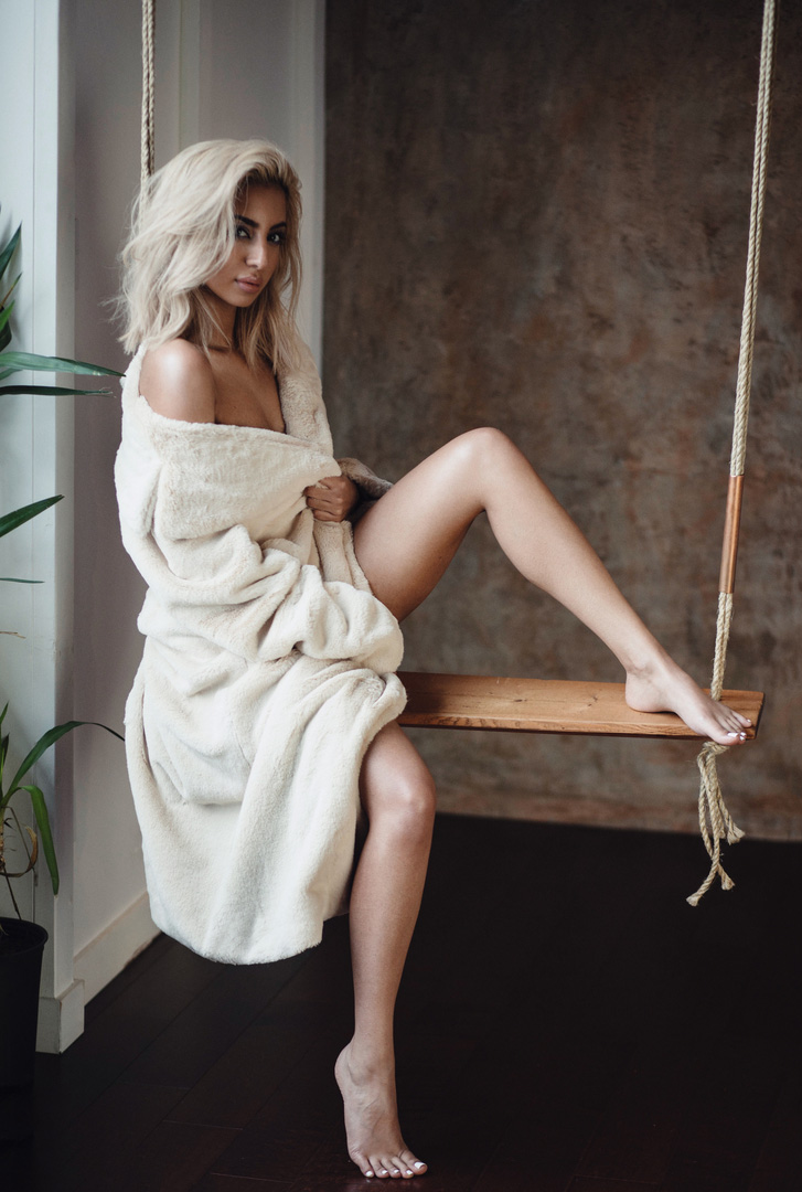 Estela-Fashion-Lookbook-Haus-of-Rimmy-18-5