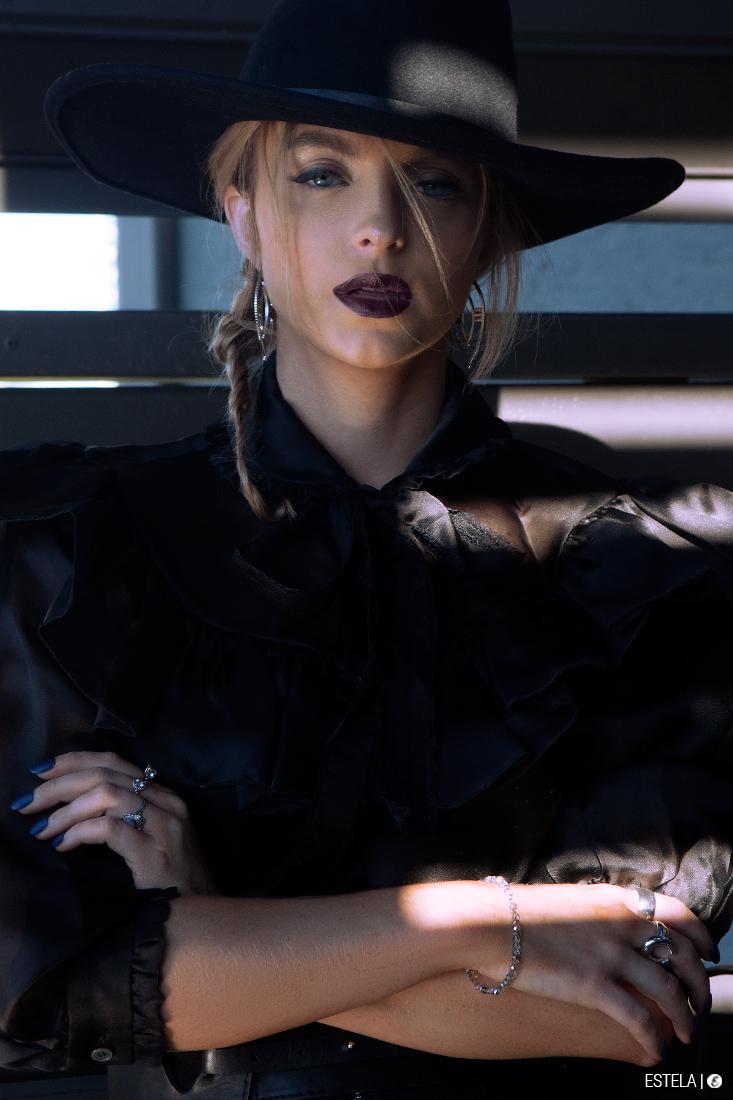 Estela-Fashion-Bewitching-Belle-Skylar-6
