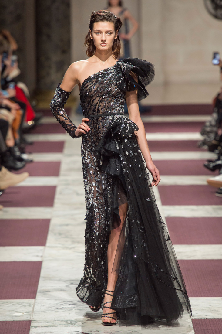 Estela-Fashion-PFW-Ziad-Nakad-AW19-3