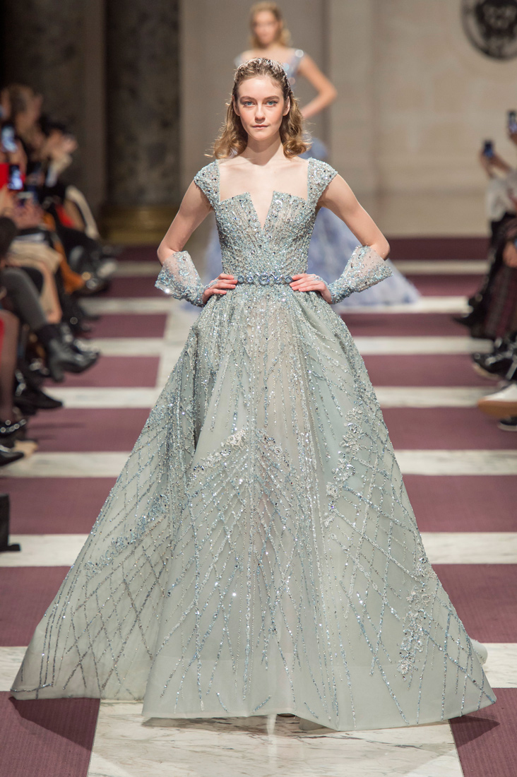 Estela-Fashion-PFW-Ziad-Nakad-AW19-37