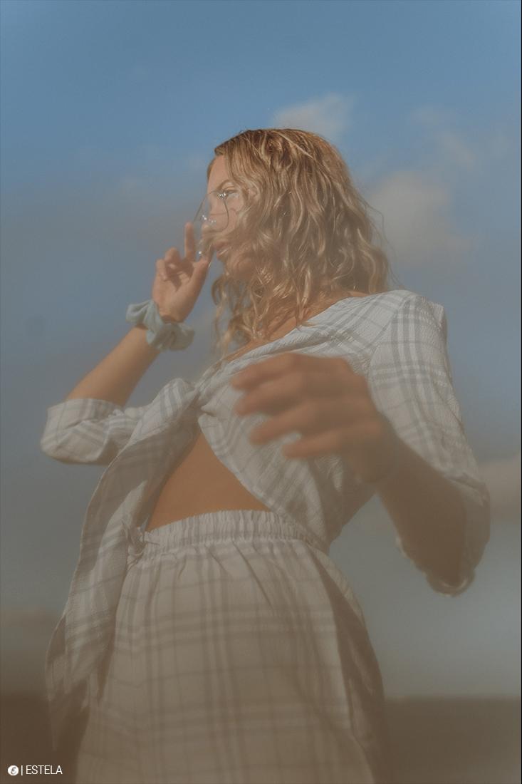 Estela-Digitorial-Fashion-Boitaud-AZURIN-2