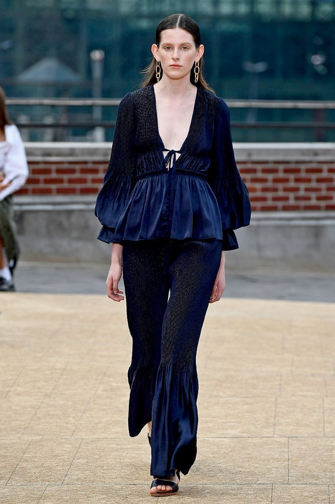 Estela-Fashion-SS20-Trend-Report-Jonathan Simkhai-1