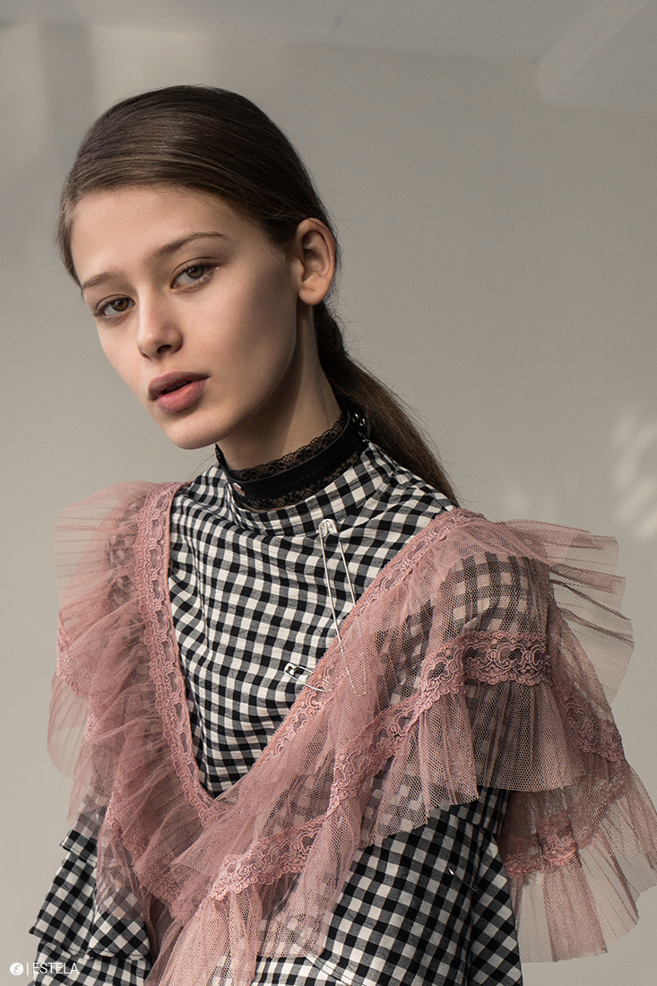 Estela-Fashion-Editorial-Submission-Yaroshevic-Konsuella-3