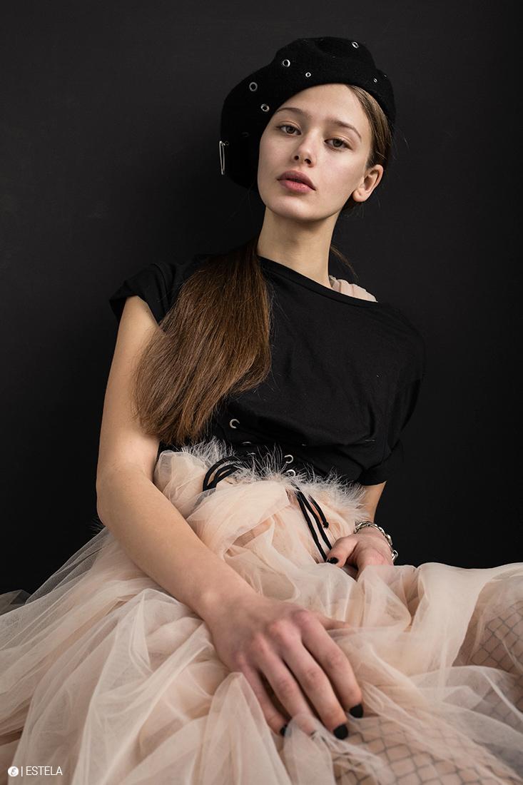 Estela-Fashion-Editorial-Submission-Yaroshevic-Konsuella-7