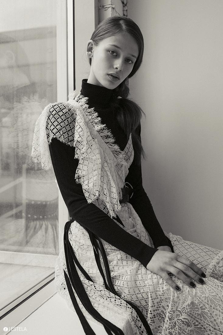 Estela-Fashion-Editorial-Submission-Yaroshevic-Konsuella-8